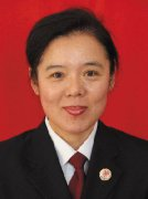丹东市振兴区人民检察院侦查监督科科长刘萍同事们说,