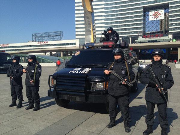 现在沈阳北站警务巡逻,装备的更新给百姓带来更大的安全感